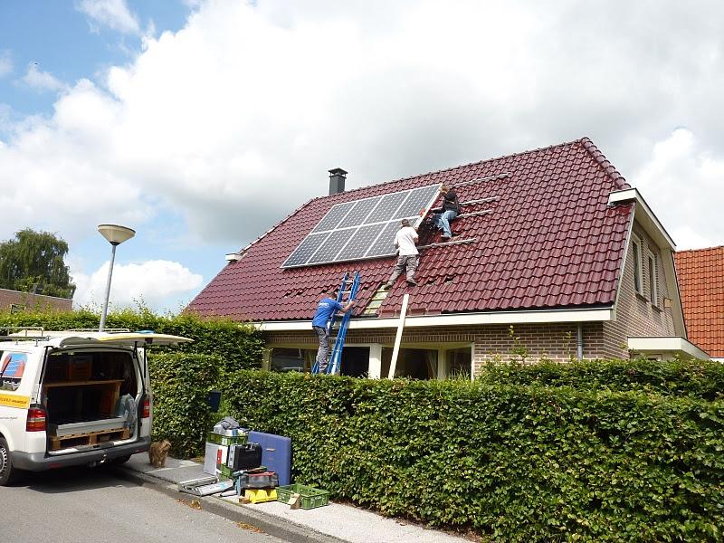 Eerste zonnepanelen Grunneger Power geplaatst