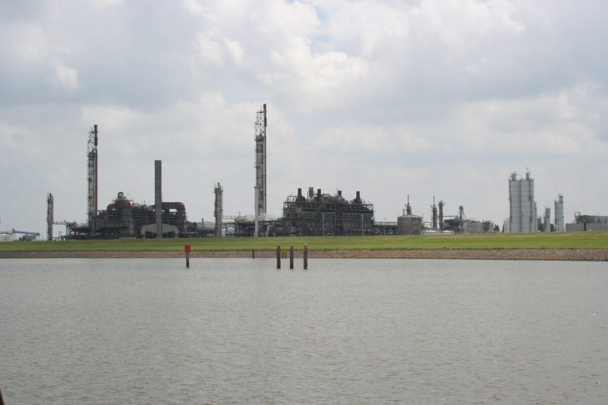 Verhagen veegt 287 bezwaren tegen vergunning EDF van tafel